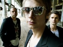 Muse, Dizzee Rascal